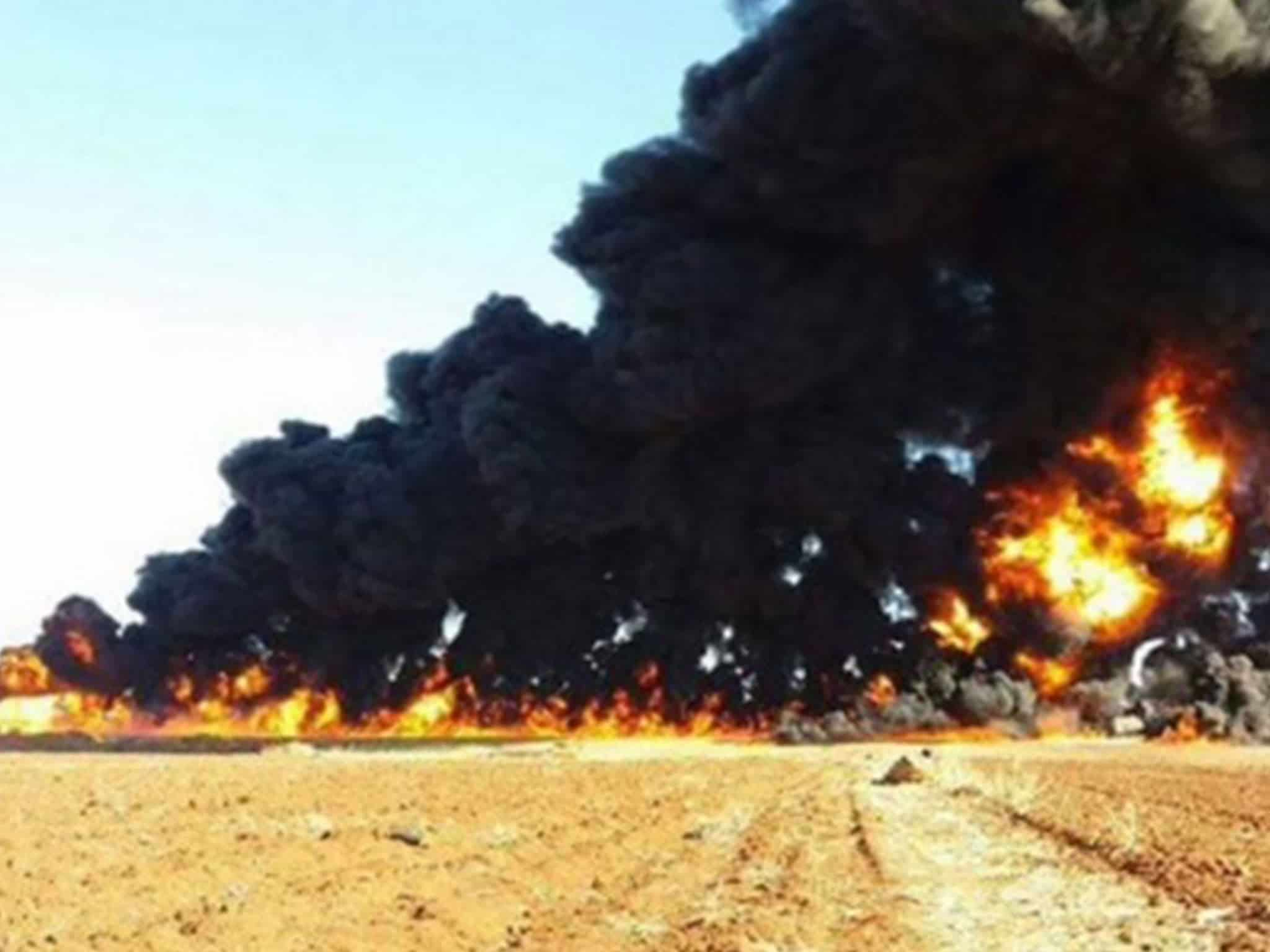 Russian Jets Demolish ISIS Oil Convoy