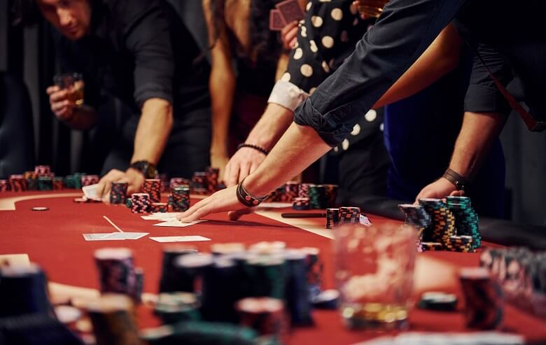 Play Poker in Casino